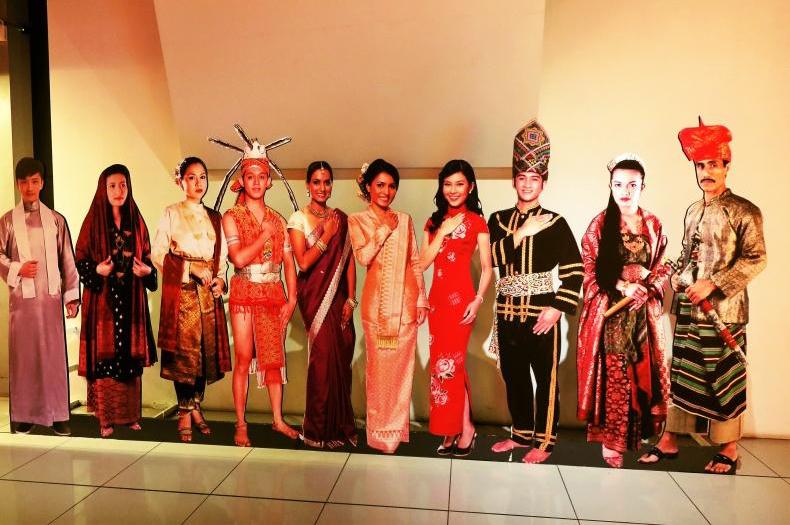 マレーにインドに中華系…マレーシアの民族衣装はひとつじゃない ...